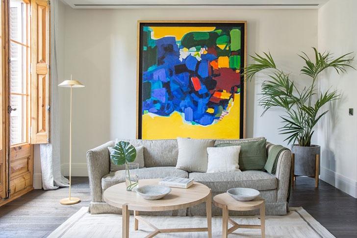 Абстрактные картины в современном дизайне интерьера